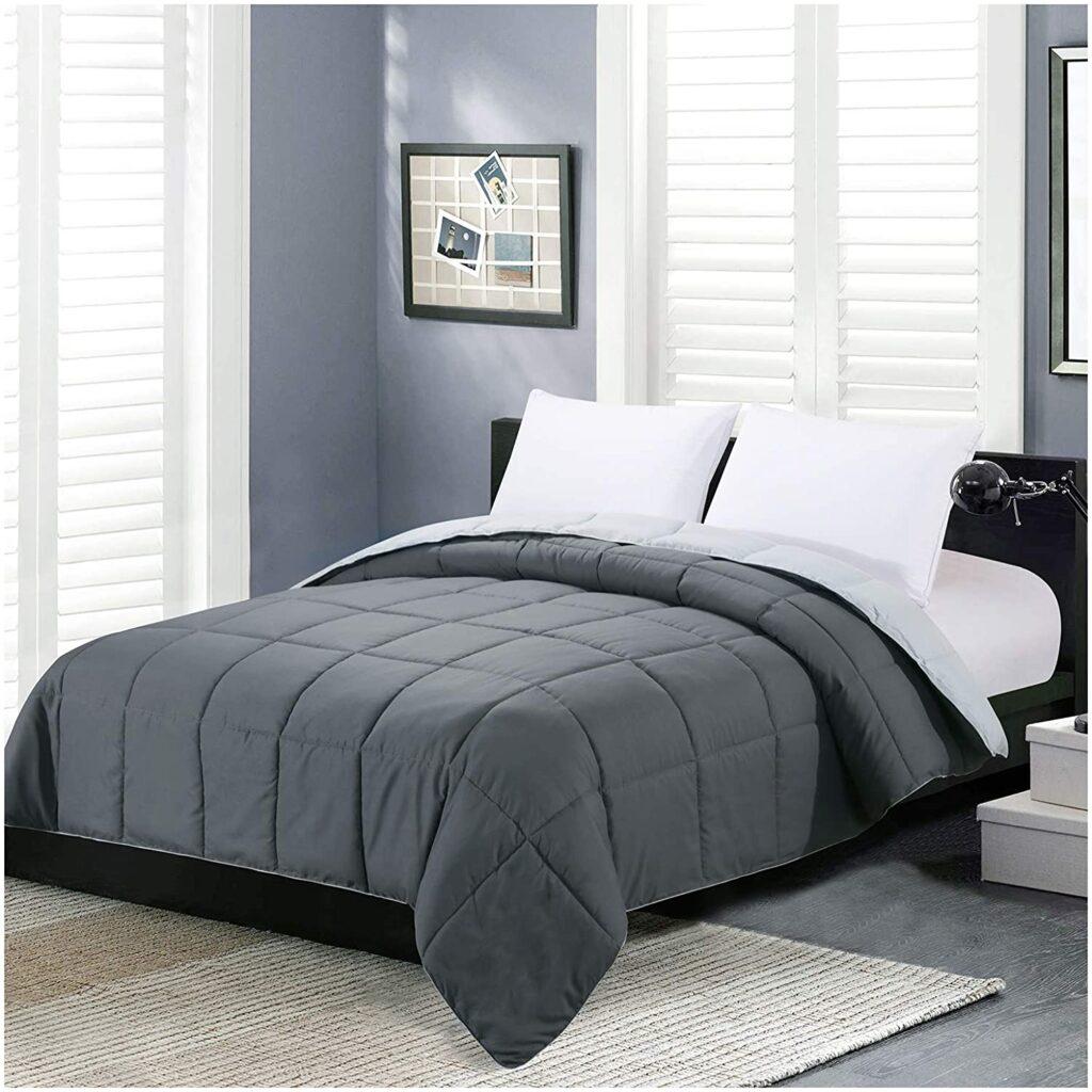 Homelike Moment Reversible Comforter